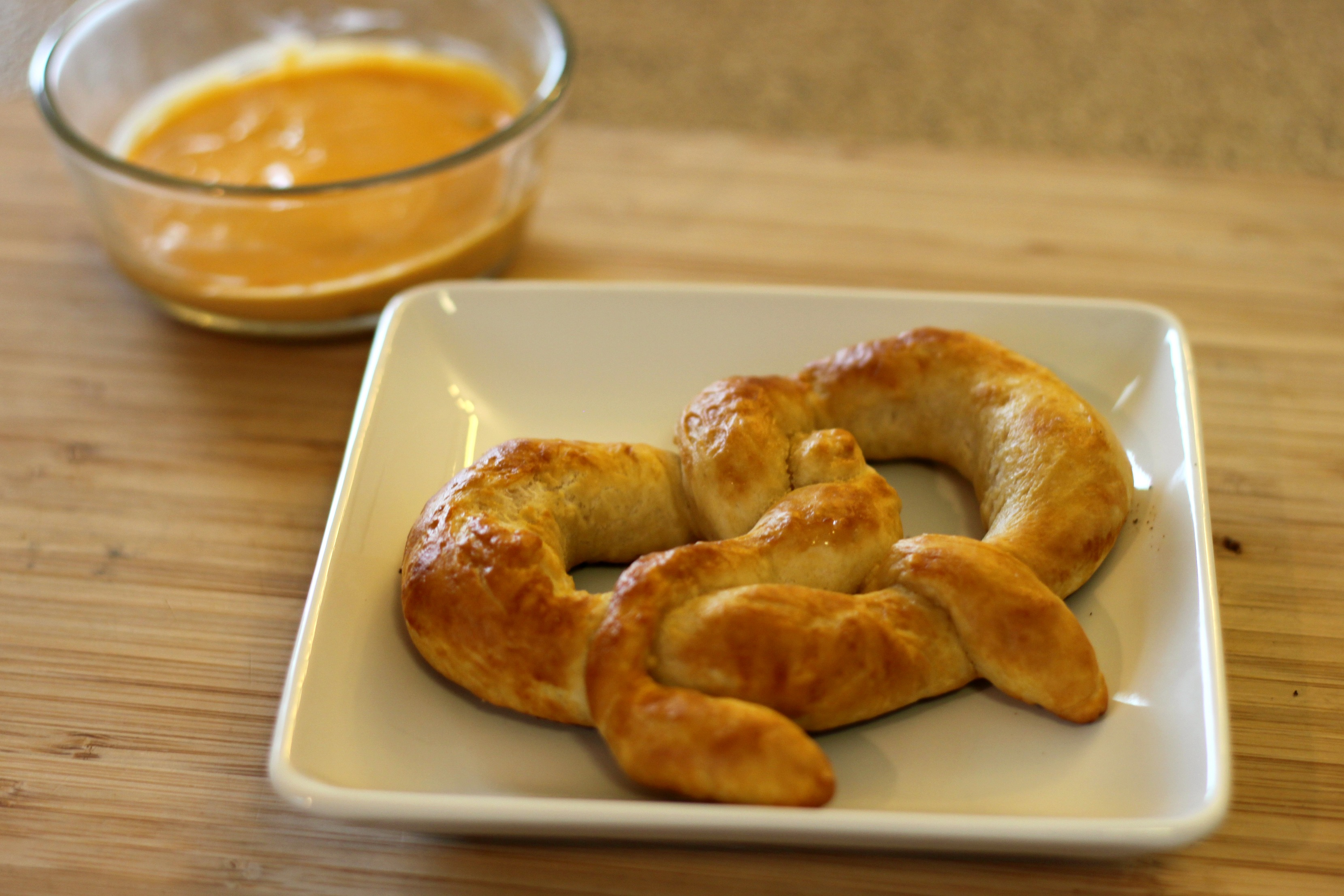 Homemade Pretzels (Almost Auntie Anne's!)