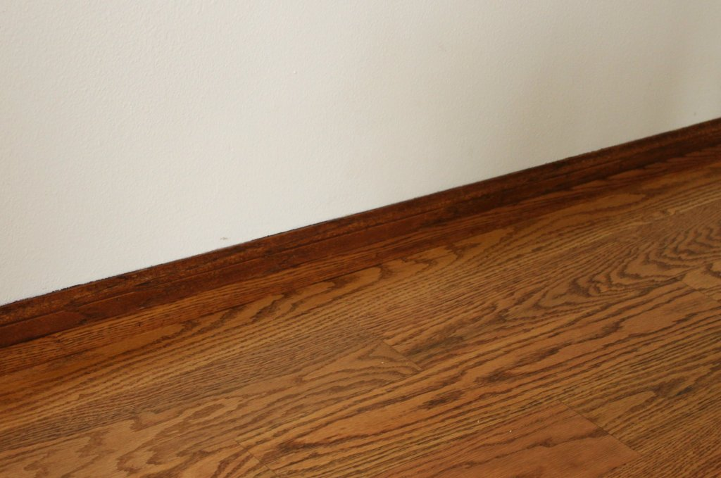 stain honey oak trim darker