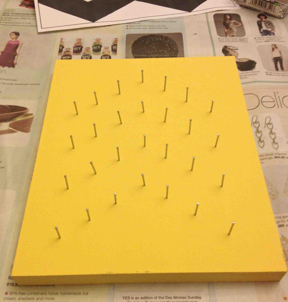 nail string art, chevron nail pattern