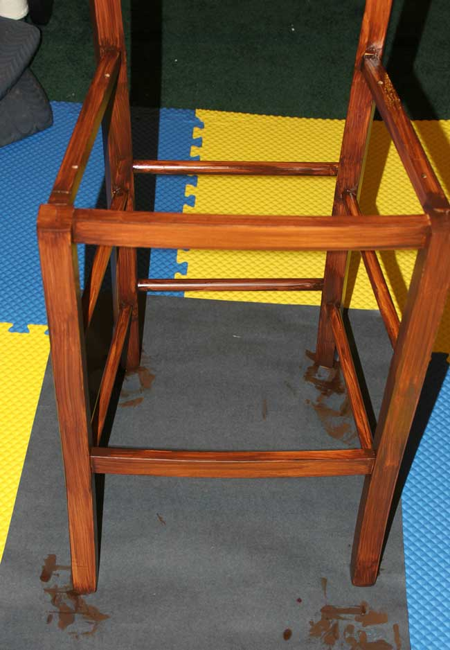 bar stool makeover - apply gel stain