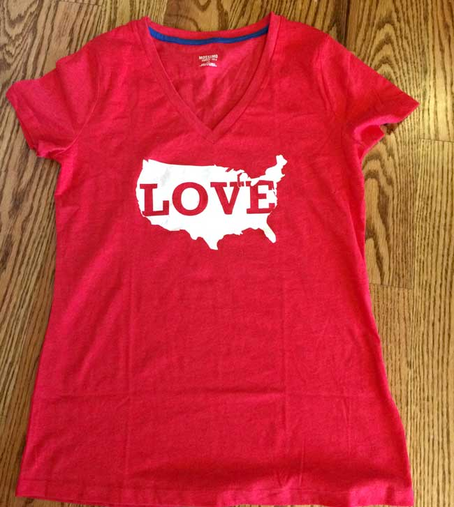 DIY Vintage T-Shirt - Love US Map cutout