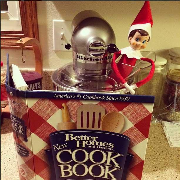 elf-on-the-shelf-kitchenaid