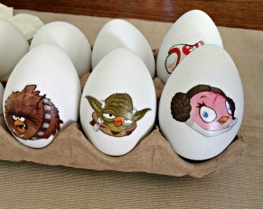Decorate your Easter Eggs using Temporary Tattoos