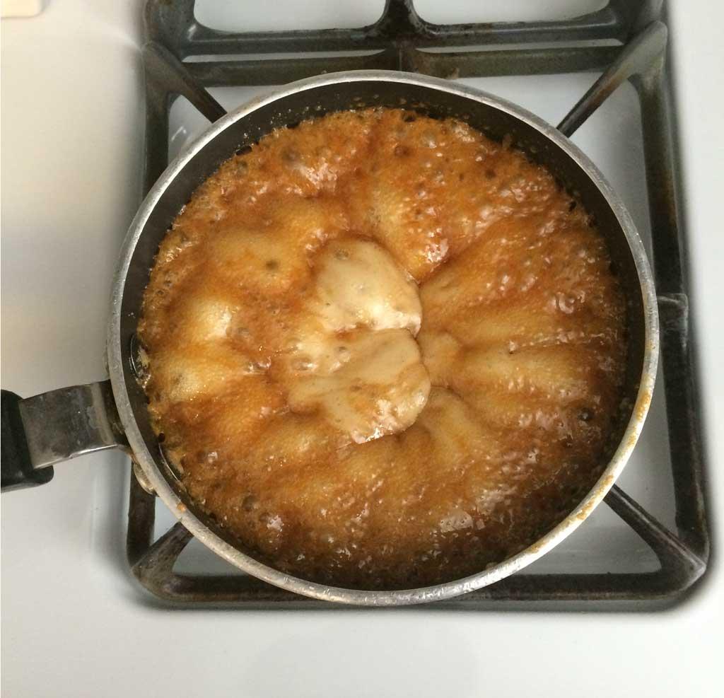 Salted Caramel Popcorn Mix - caramel