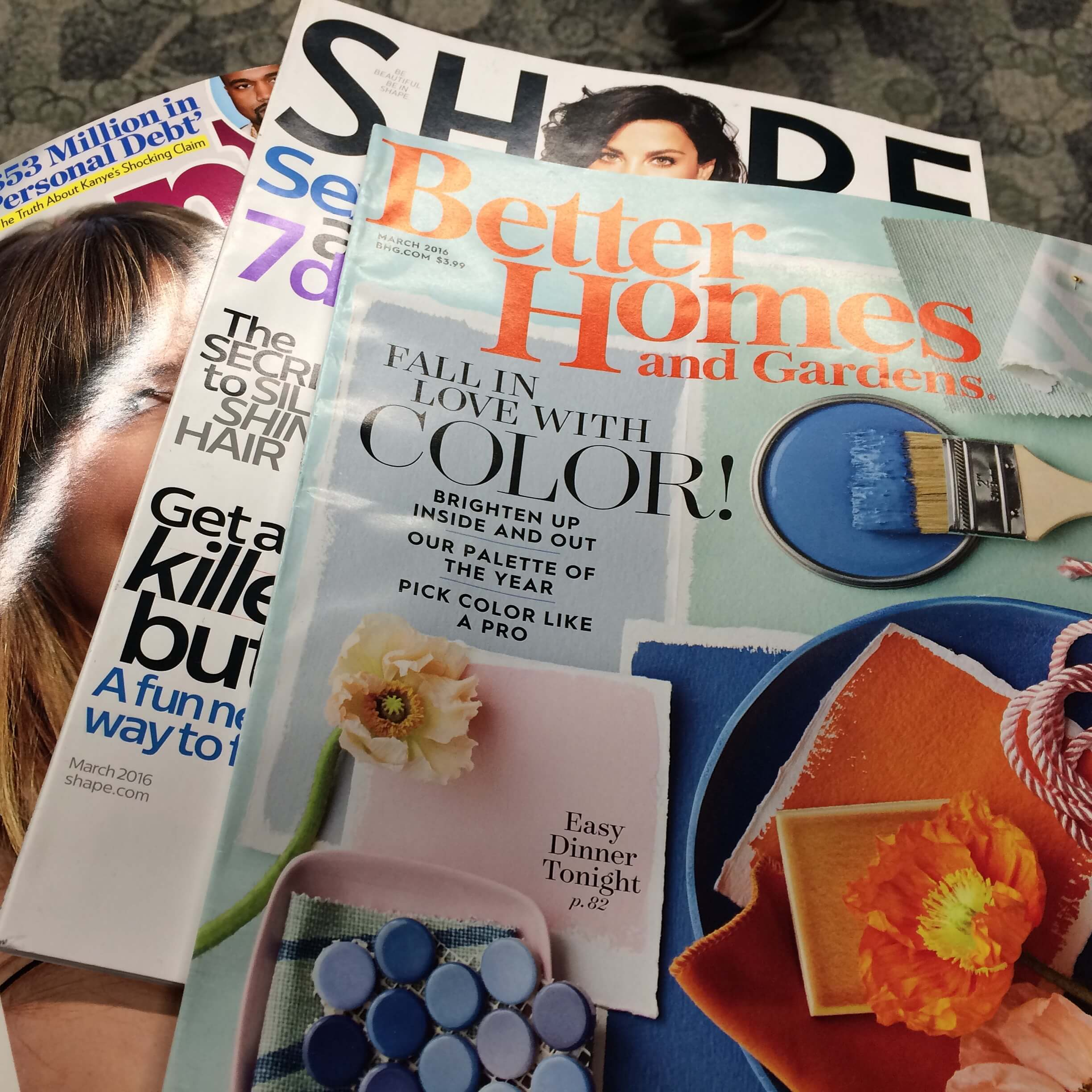 airplane entertainment - favorite magazines